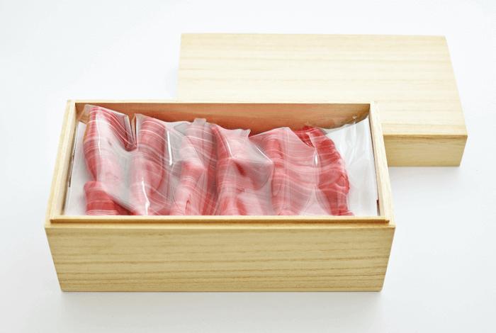 PAPABUBBLE/パパブブレの『高級牛肉キャンディ』-桐箱