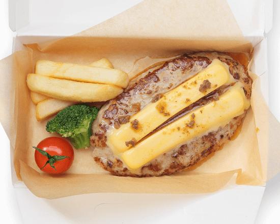 びっくりドンキーの『チーズハンバーグ』