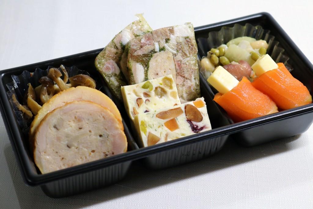 札幌パークホテルの『冷凍ミールキット』-白ワインにあうおつまみ