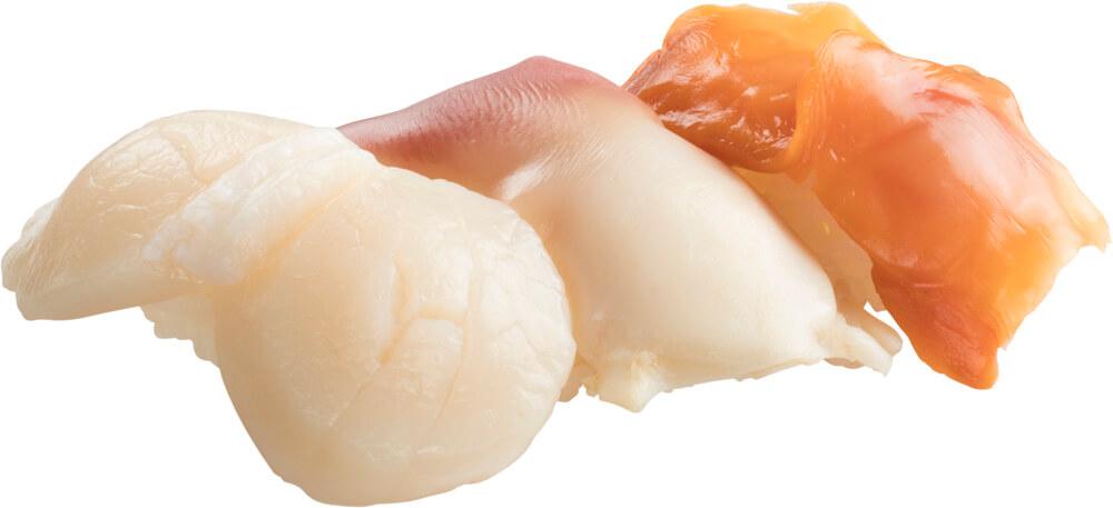 スシローの『貝3貫盛り(ジャンボ帆立・ホッキ・大赤貝)』