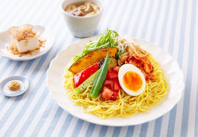 ゆとりの空間の『夏の季節限定メニュー』-夏野菜たっぷり冷やし麺