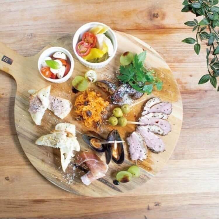 肉とワインのバル moncozy(モンコジ)の『前菜盛り合わせ』
