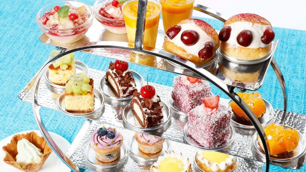 札幌プリンスホテルの『世界のスイーツを集めたアフタヌーンプレート』