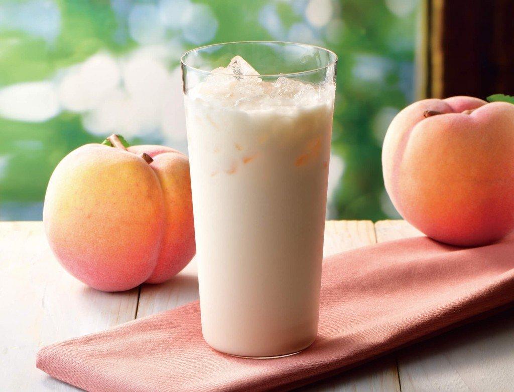 カフェ・ド・クリエの『国産白桃の爽やかラッシー』