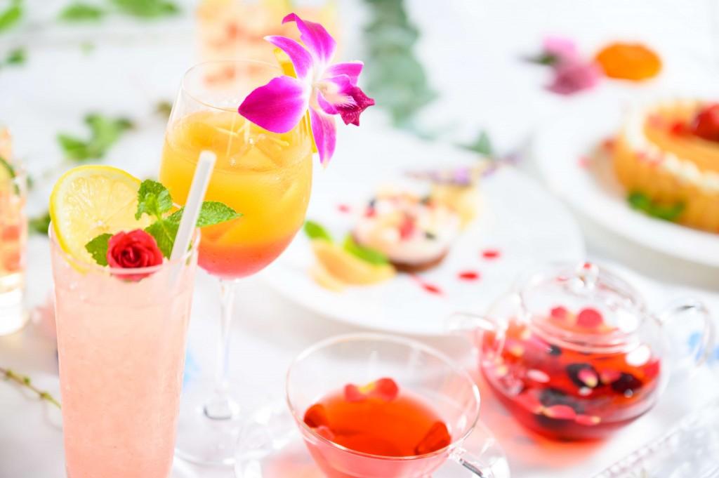 """ANAクラウンプラザホテル札幌の『ランチ&デザートブッフェ """"Summer flowers""""』"""