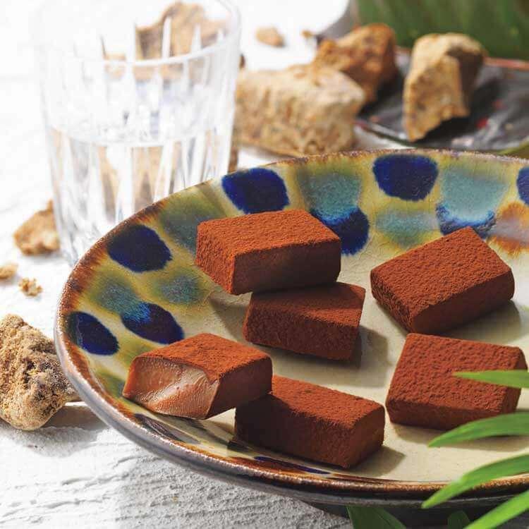 ロイズの『ロイズ石垣島 生チョコレート[黒糖]』
