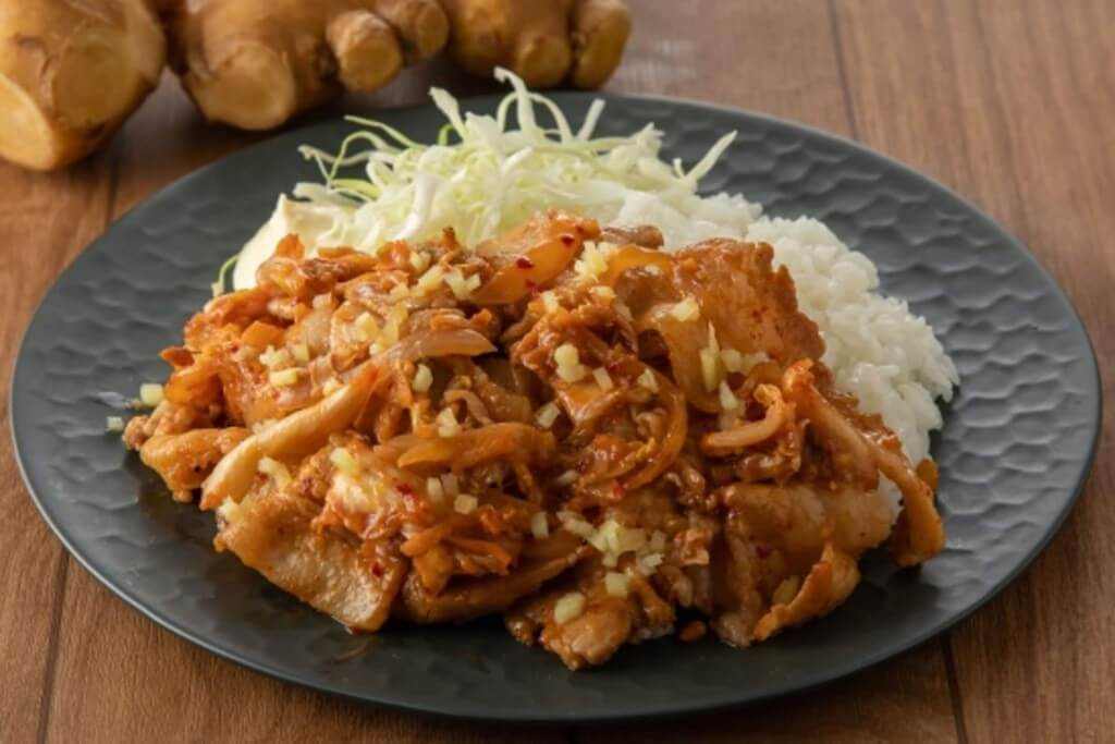 秘伝の生姜焼き専門店「生姜焼き本舗」の『豚キム生姜焼き丼』