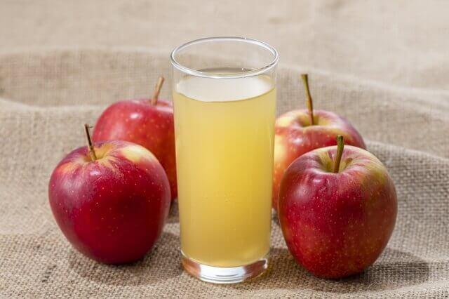 リンゴジュース・フルーツジュース