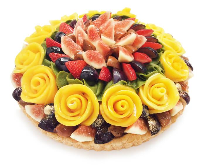 カフェコムサの『敬老の日 限定ケーキ~秋のフルーツとマンゴーローズの抹茶モンブラン~』