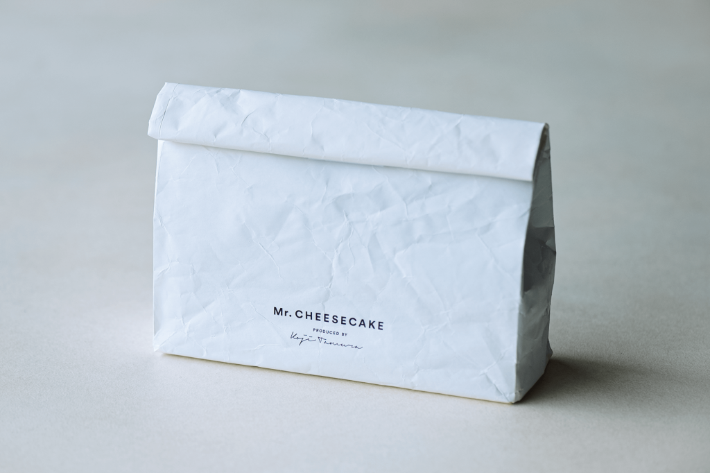 Mr. CHEESECAKEの『Mr. CHEESECAKE with Cooler Bag』