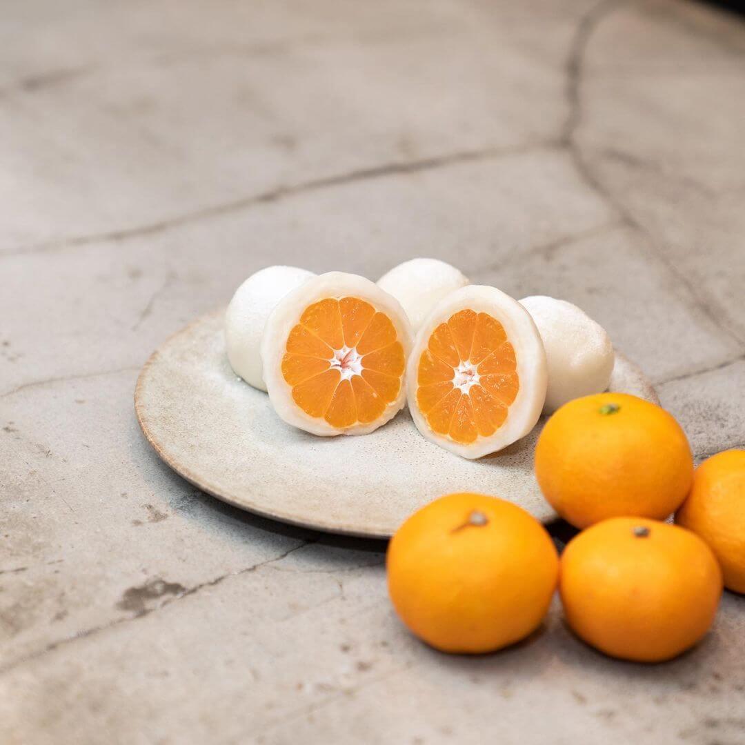 果実大福とフルーツサンドの『果実大福みかん』